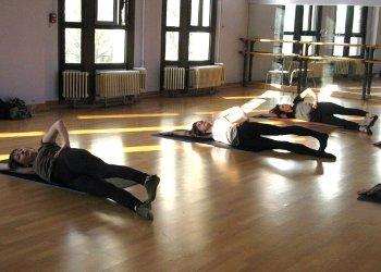 cours p ralta gymnastique douce globale paris barre au sol danse stages enfants adultes. Black Bedroom Furniture Sets. Home Design Ideas